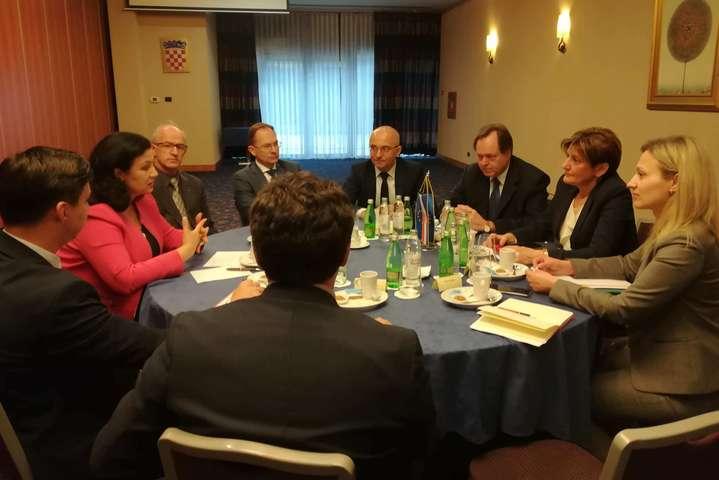 Хорватія сподівається на участь України у проекті газового LNG-терміна