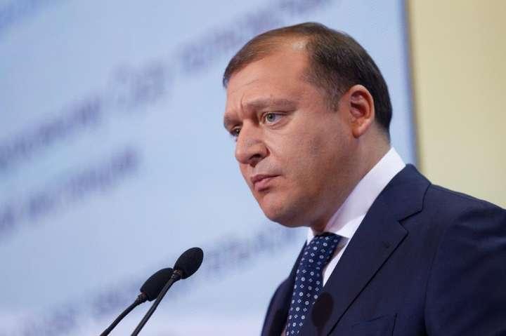 Суд допитує Добкіна щодо держзради Януковича (ТРАНСЛЯЦІЯ)