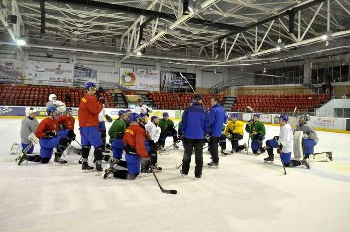 Хокейна збірна України стартувала на чемпіонаті світу з перемоги
