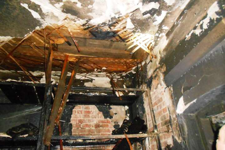 Пожежа в СІЗО Чернігова: евакуйовано 70 осіб