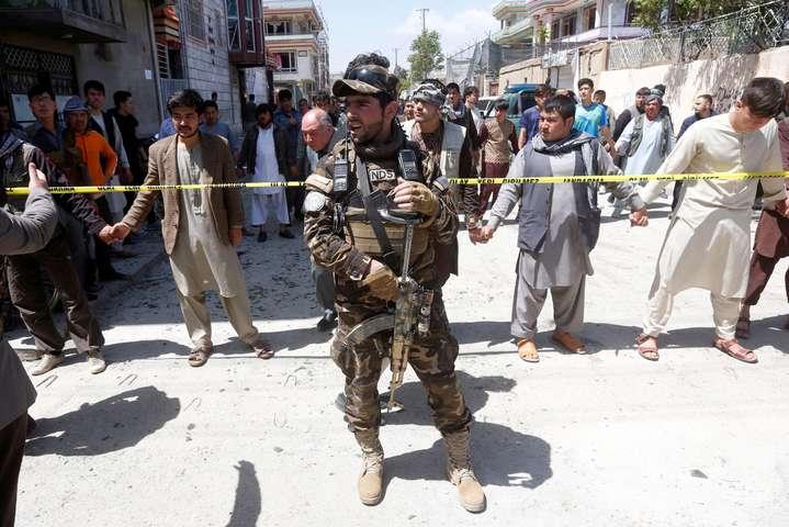 Наслідки атаки смертника у Кабулі 22 квітня