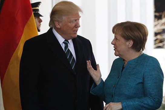Трамп попросил Меркель подсказать, как общаться сПутиным