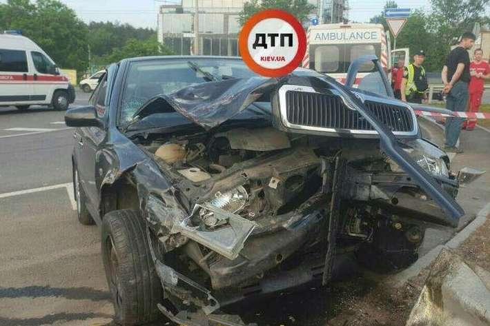 УКиєві врезультаті смертельної ДТП загинув пасажир таксі