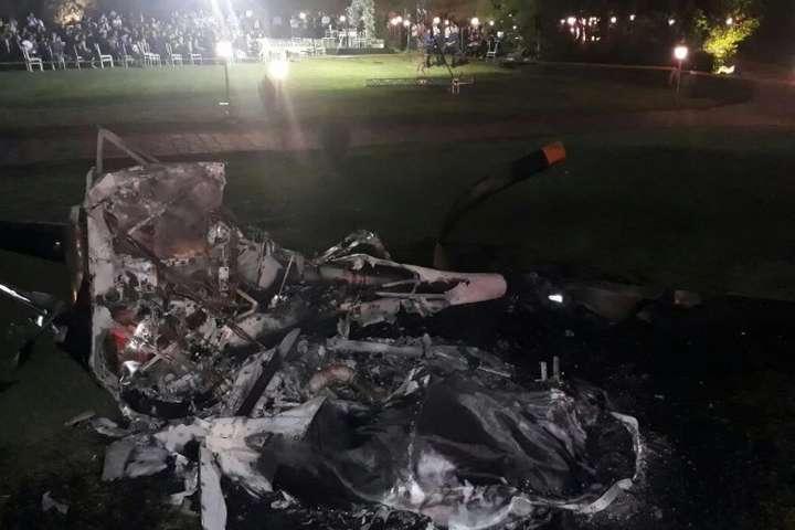 УБразилії навесіллі упав вертоліт із нареченою, вона непостраждала