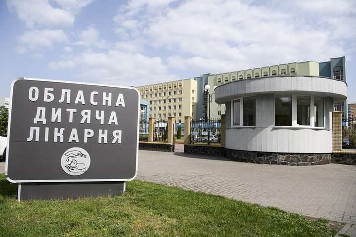 94 школярів із черкаської школи поскаржилися на отруєння