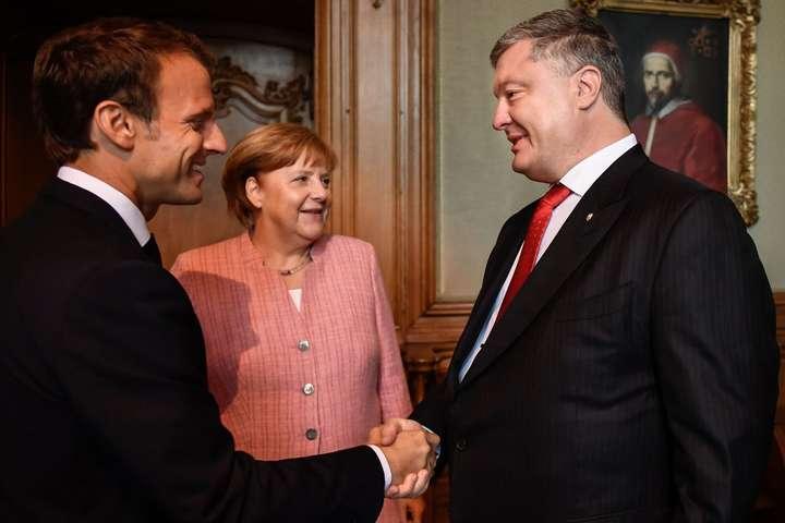 Партнери України продовжать докладати всі зусилля для відновлення суверенітету,— Ангела Меркель
