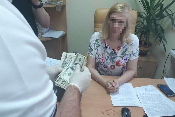 Нахабарі викрито суддю Окружного адмінсуду Києва Власенкову