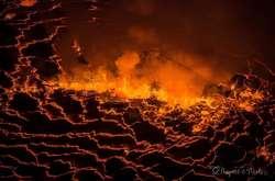 Фото: — Вулкан Ньїрагонго