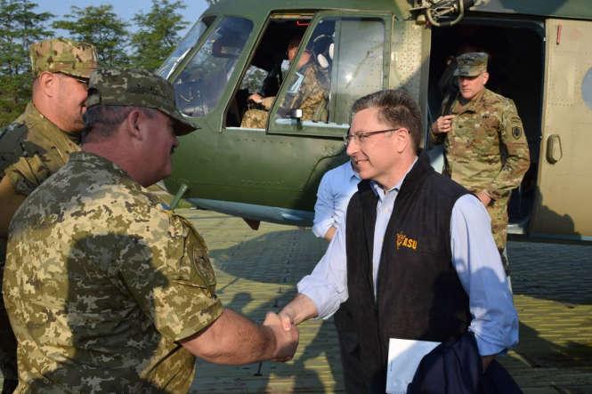 Курт Волкер прибув на Донбас