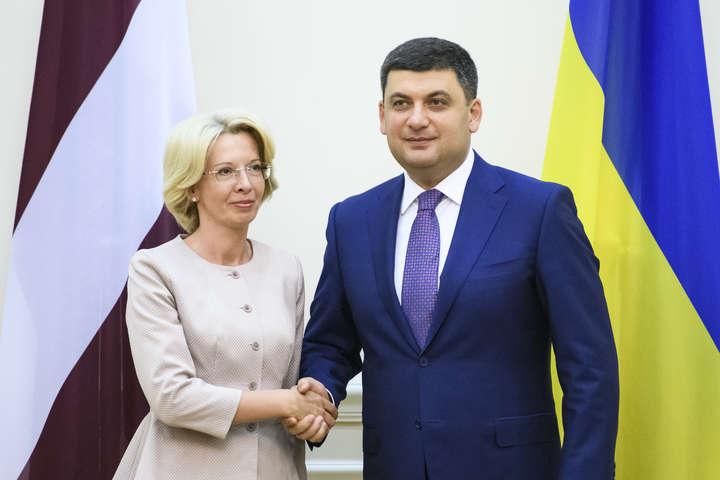 Латвія пообіцяла Україні продовжити політику антиросійських санкцій
