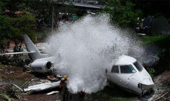У Гондурасі розбився приватний пасажирський літак