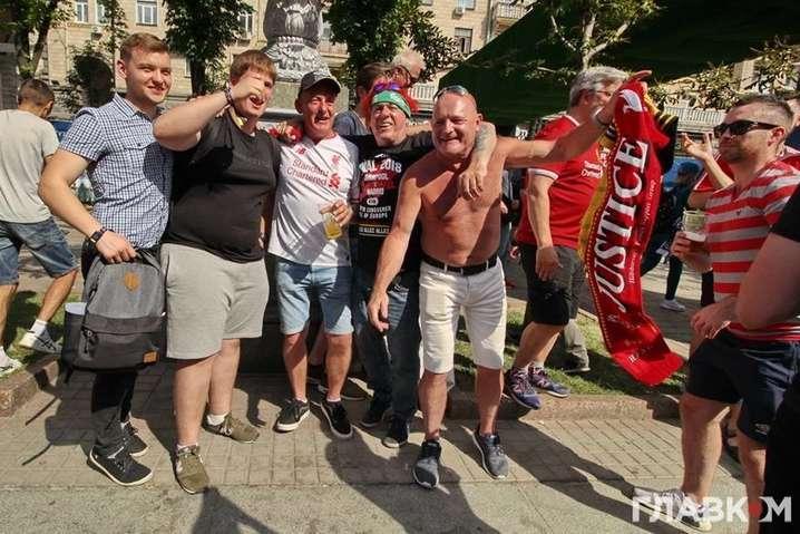 Фінал Ліги чемпіонів: перші фани залишать Київ вже о 2 ночі