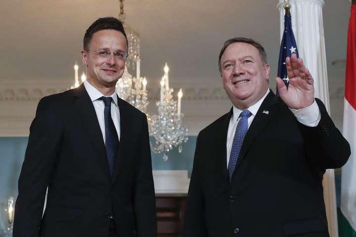 Суперечка Угорщини йУкраїни: Сійярто несподівано похвалив Київ