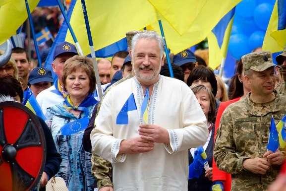 Павло Жебрівський — Кабмін схвалив відставку Жебрівського