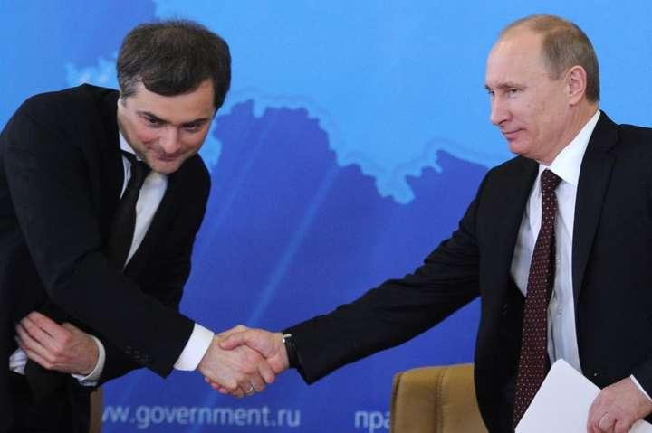 Сурков залишився помічником Путіна— новини наУНН   13 червня 2018, 17:00