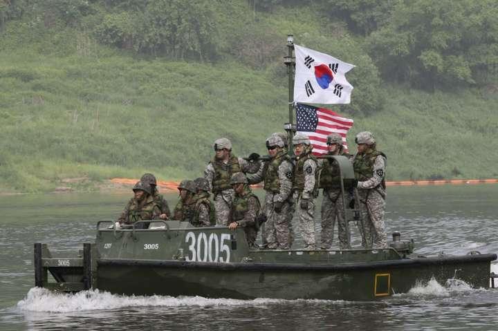 Південна Корея та США припинять великомасштабні військові маневри
