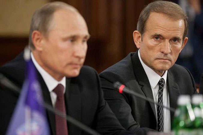 Печерський суд відбілив Медведчука. Кум Путіна доводив, що не працював на КДБ, а його батько - не поліцай