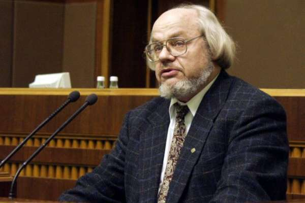 Cкончался украинский поэт Иван Драч