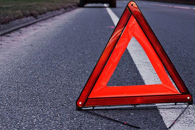 На Львівщині водій заснув за кермом і спровокував масштабну смертельну аварію