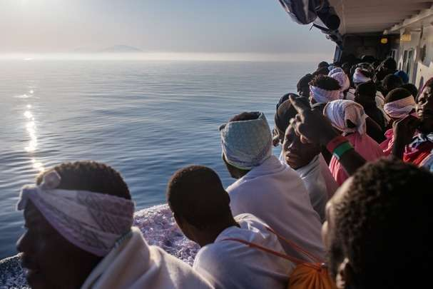 Корсика готова прийняти 230 мігрантів