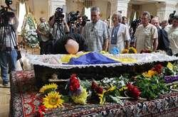 Фото: — Церемонія прощання з Левком Лук'яненком