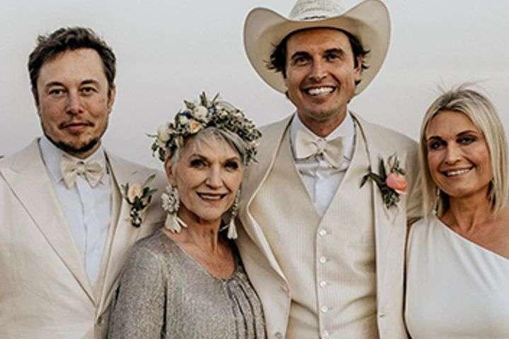 В сети появились первые фото со свадьбы брата Илона Маска