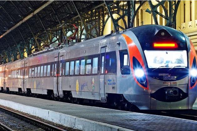 «Укрзалізниця» вдвічі збільшила перевезення пасажирів докраїн ЄС