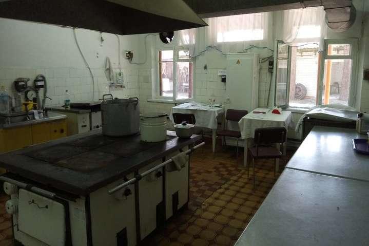 В Донецкой области закрыли лагерь, в котором отравился 91 ребенок