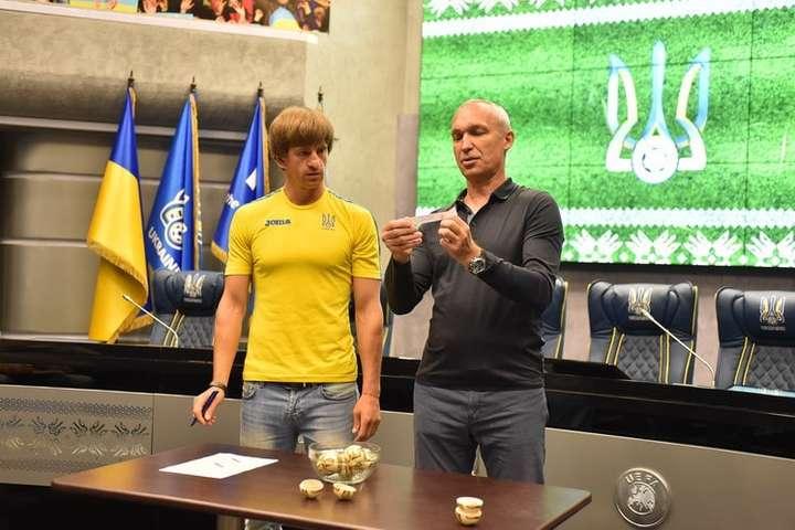 Картинки по запросу картинки  IV Всеукраїнський турнір з футболу «Крим – це Україна»