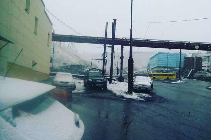 В России в разгар лета неожиданно выпал снег: фото и видео