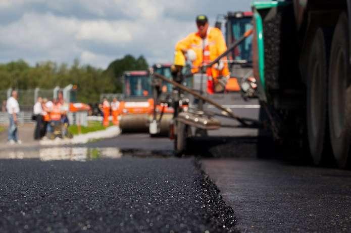 На межі двох районів Долинського і Рожнятівського розпочався ремонт дороги