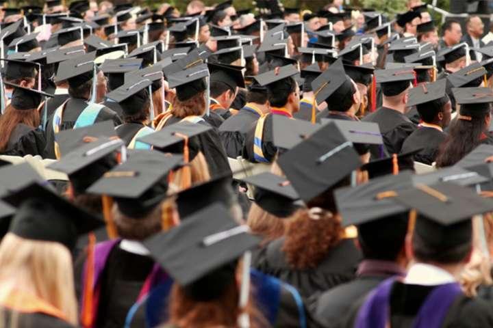 У Міносвіти розповіли, з яких країн найчастіше їдуть здобувати вищу освіту в Україні