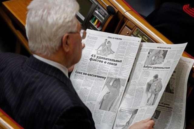 У Раді хочуть заборонити журналістам знімати депутатів без їхньої згоди