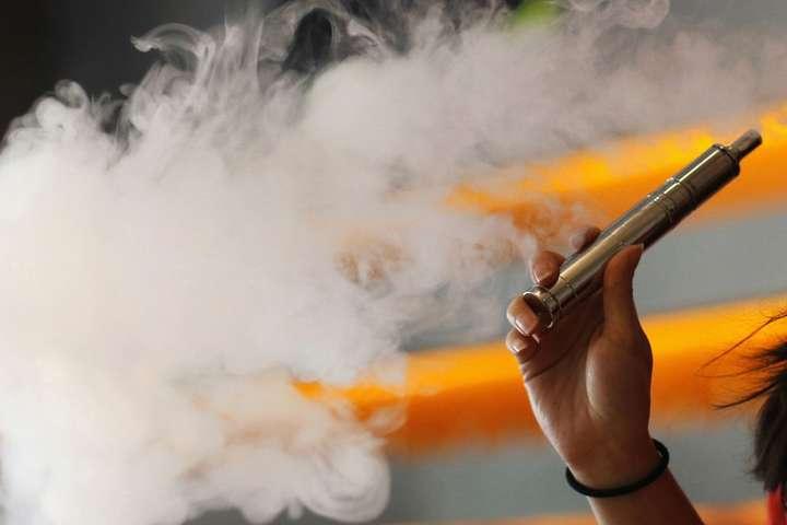 В Раді пропонують ввести акциз на електронні сигарети