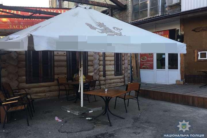 Місце стрілянини — У Києві біля автовокзалу сталася бійка зі стріляниною