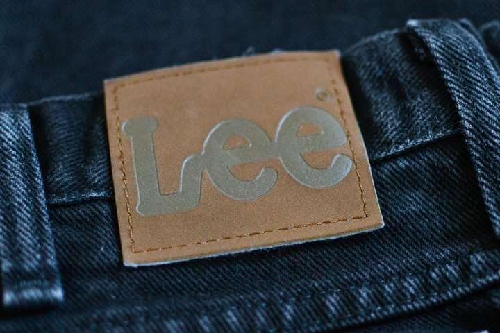 Джинсовые бренды Lee иWrangler будут выделены вотдельную компанию