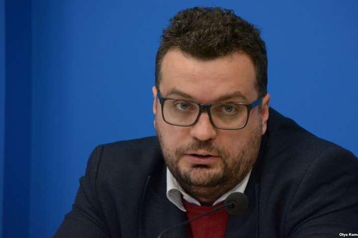Глава Держкіно відреагував на можливий позов Медведчука