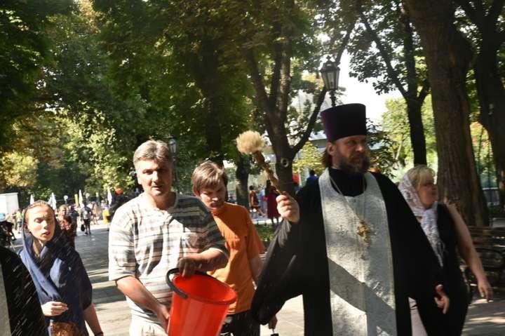 Священник освятив в Одесі місце, де проходив парад ЛГБТ
