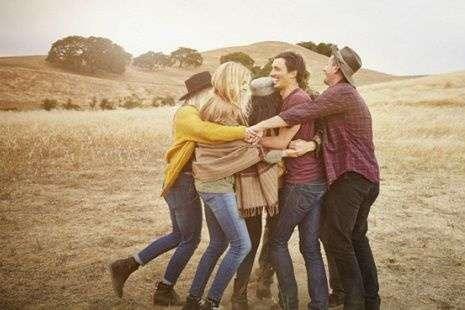 Супрун пояснила, чому обійматися - корисно для здоров'я