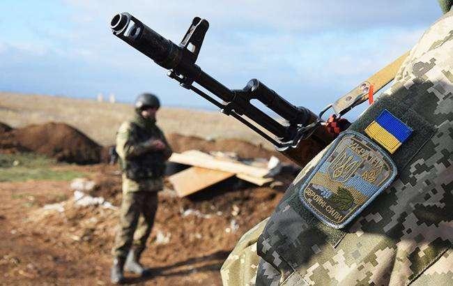 <span>ООС на Донбасі</span> - Загострення на Донбасі: п'ятеро військових отримали поранення
