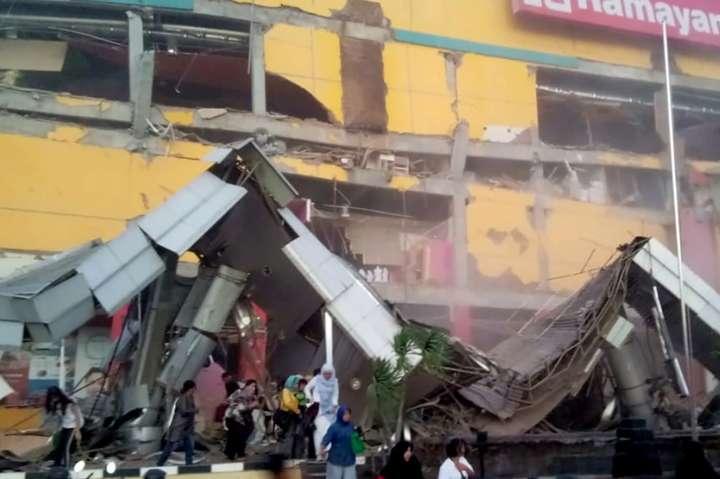 В Індонезії внаслідок землетрусу і цунамі загинули 30 осіб