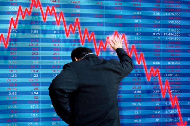 Китайский рынок акций 8 октября рухнул более чем на 3,7