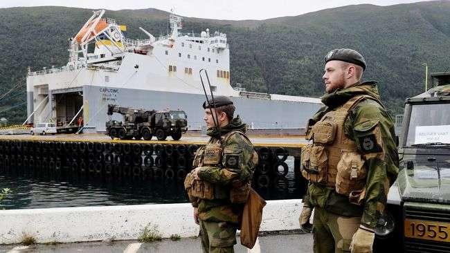 Армія РФ влаштовує провокації на навчаннях НАТО в Арктиці