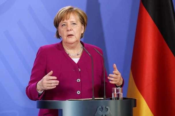 Меркель зробила заяву щодо експорту зброї в Саудівську Аравію