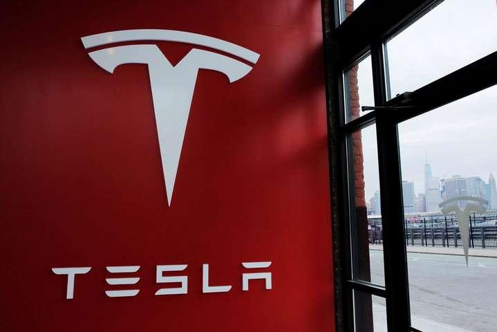 Tesla начала зарабатывать: компания завершила 3-й квартал сприбылью в $311 млн