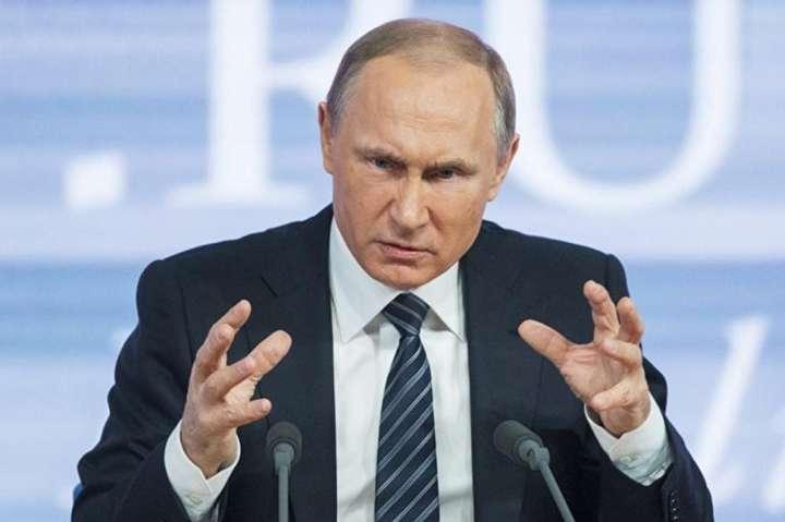 Кремль зробив подарунок українським політтехнологам на початку буремного року виборів — Список «ворогів Путіна». Кремль зробив шикарний подарунок українським політикам