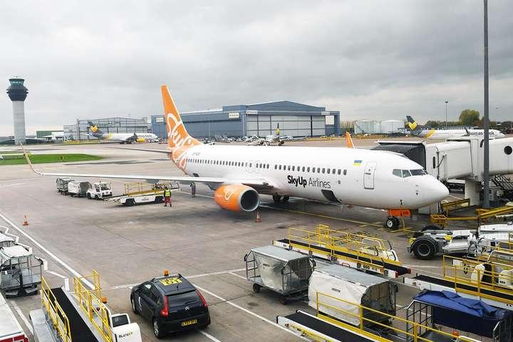 У грудні авіакомпанія почне здійснювати перевезення на регулярній основі — SkyUp здійснила перший авіарейс до ЄC
