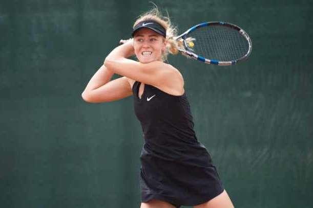Анастасія Шошина - Українська тенісистка Шошина другий тиждень поспіль зіграє в півфіналі турніру ITF