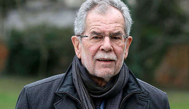 Президент Австрії Александер Ван дер Беллен - Президент Австрії закликав ретельно розслідувати справу про полковника-шпигуна