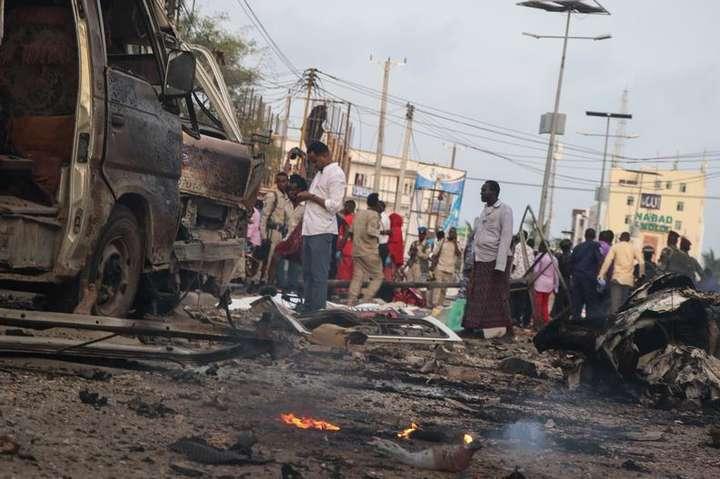 <span>Наслідки вибуху в Могадішо</span> - Через вибухи в столиці Сомалі майже 40 людей загинули